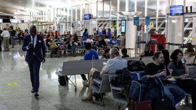 10411e24349 Leilão de 12 aeroportos começa hoje (15)- Seu Dinheiro