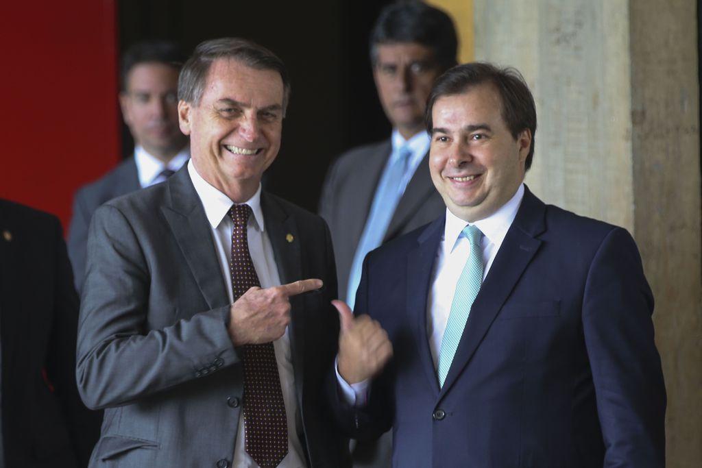 Presidente, Jair Bolsonaro, e o presidente da Câmara dos Deputados, Rodrigo Maia no CCBB.