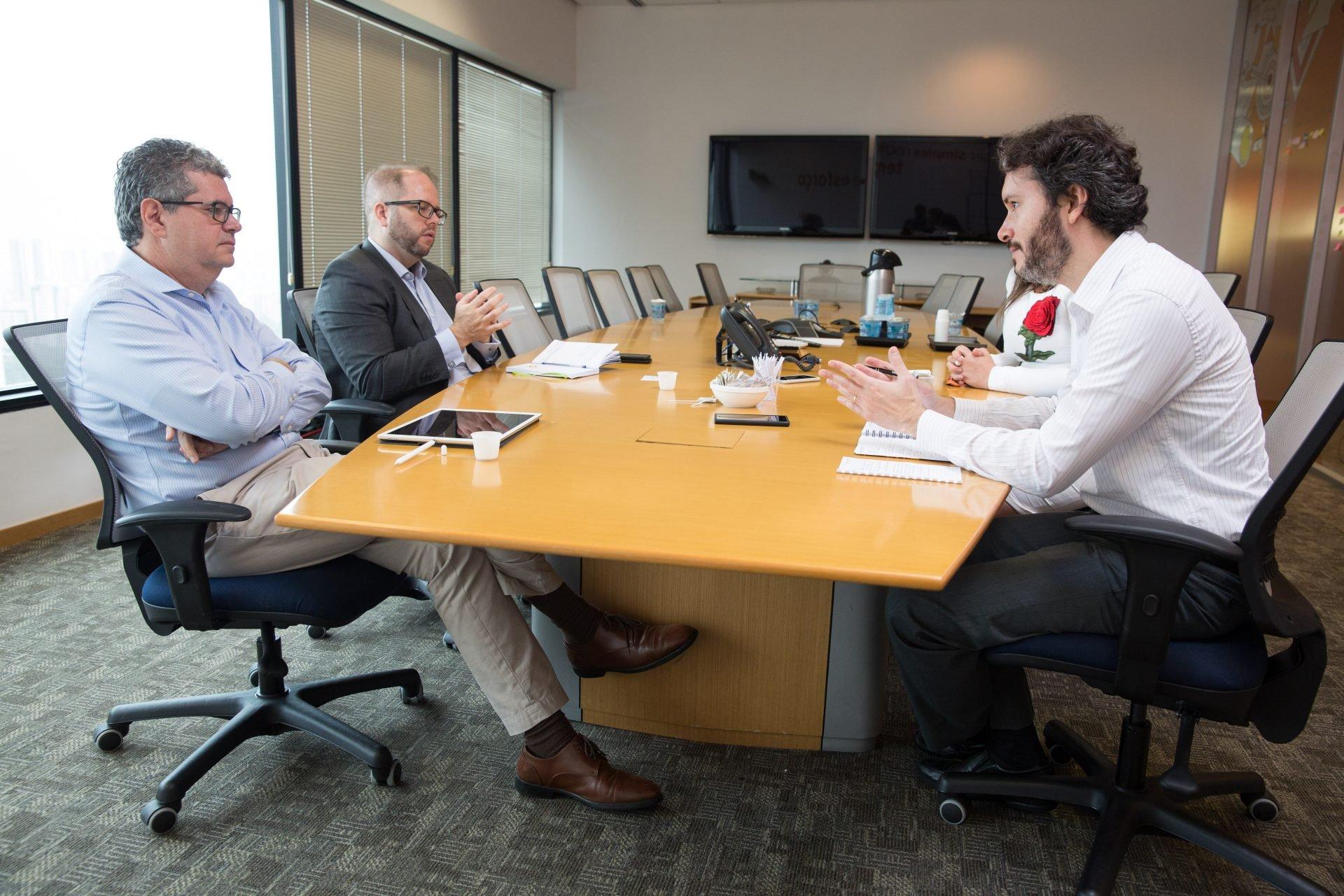Claudio Sanches, diretor de produtos de investimento e previdência do Itaú Unibanco, e Bruno Stein, superintendente de produtos