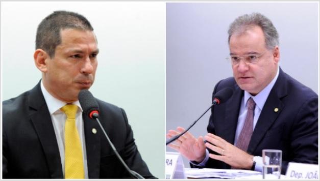 Deputados Marcelo Ramos (esq.) e Samuel Moreira (dir.)