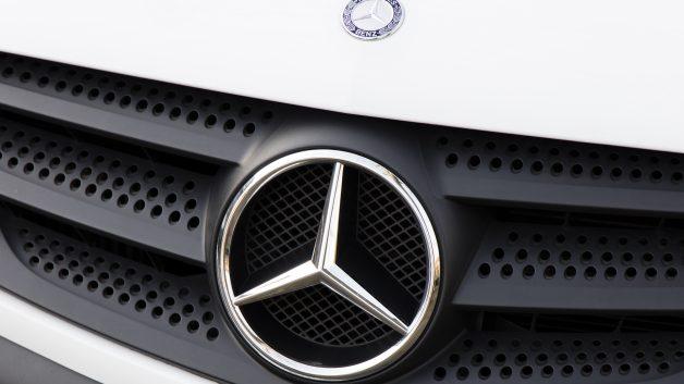 041559871 Mercedes diz que não fechará fábrica mineira - Seu Dinheiro